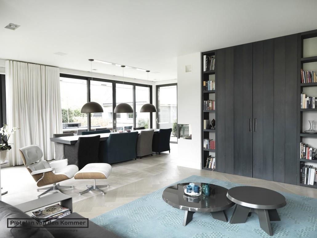Modern villa by Piet-Jan van den Kommer - Piet-Jan van den Kommer