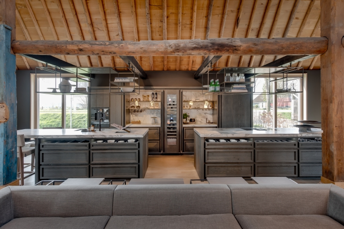 Exclusive tailor-made kitchen
